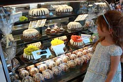 Nothing Bundt Cakes in Corte Madera