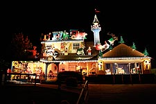 Marinwood Christmas House