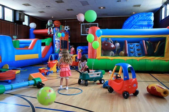 Top 10 marin kids 39 birthday party venues marin mommies for Best indoor playground for birthday party