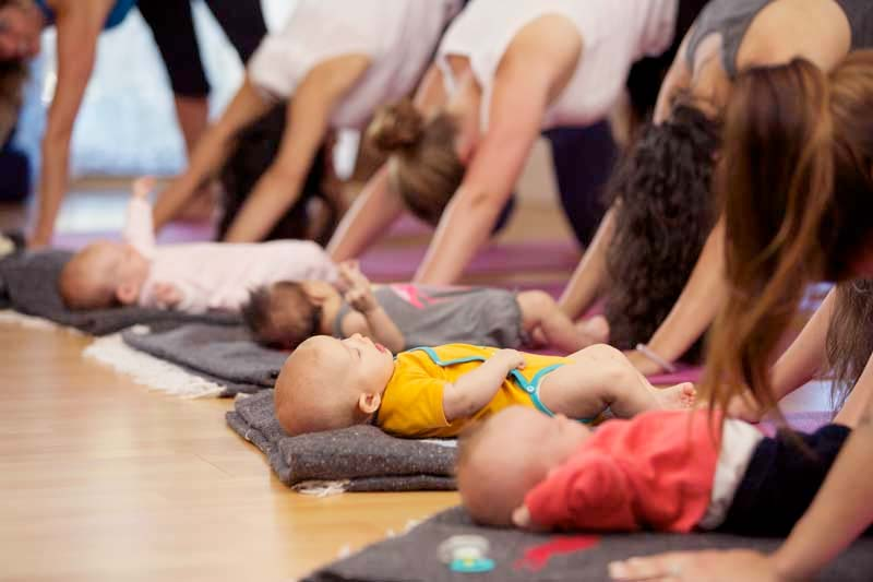 mommy and me class at pomegranate