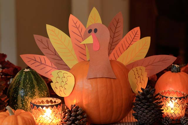 Pumpkin turkey centerpiece craft