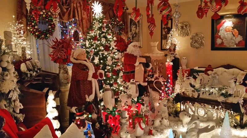 The Rombeiro Christmas House In Novato You Have To See It