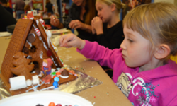 Gingerbread Doghouse Workshop, Charles M. Schulz Museum