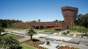 free day at the de young museum