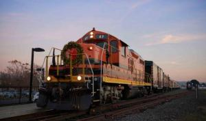 Santa Train–Napa Valley Wine Train