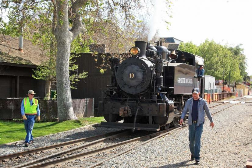 Sacramento train rides