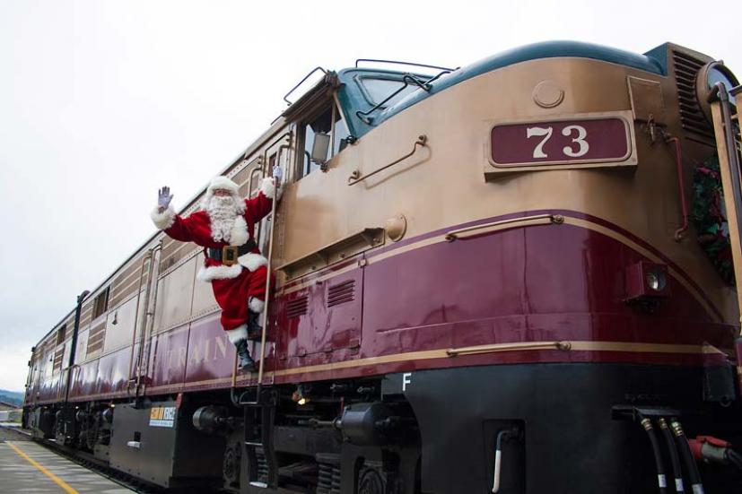 Magical Holiday Train Rides In The Bay Area And Northern
