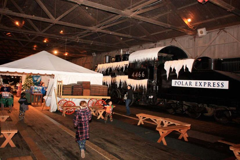 Round Table Old Town Sacramento.All Aboard Tickets For The Polar Express Train Ride On Sale