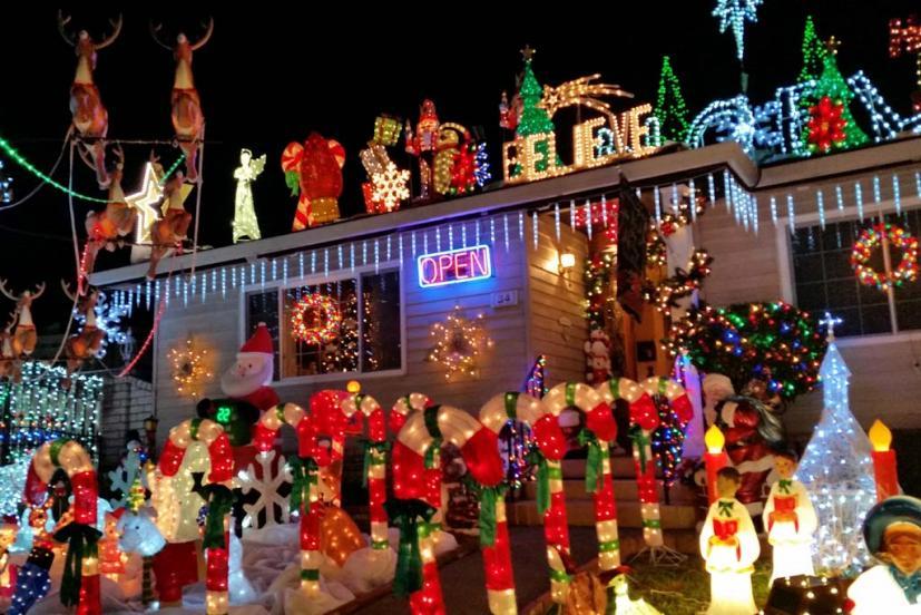 rombeiro christmas house novato