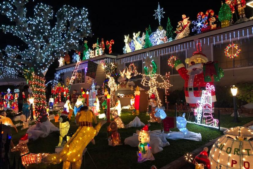Christmas House Decoration.The Rombeiro Christmas House In Novato You Have To See It
