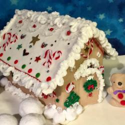 Poekie gingerbread house