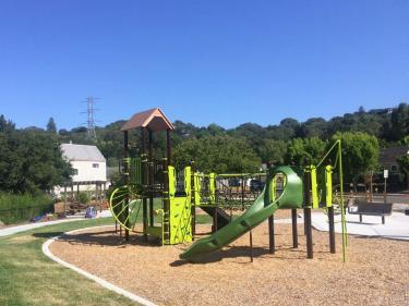 Bahia Oak Park
