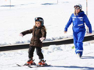 Lake Tahoe Ski, Snowboard & Snow Play Family Fun